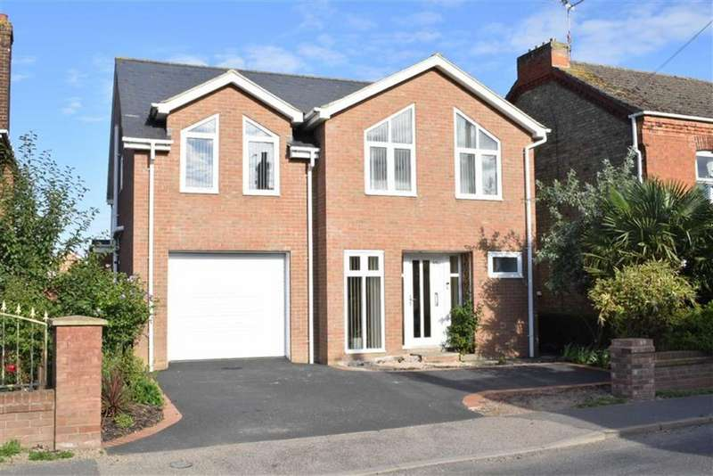 4 Bedrooms Detached House for sale in Willington Road, Kirton, Boston