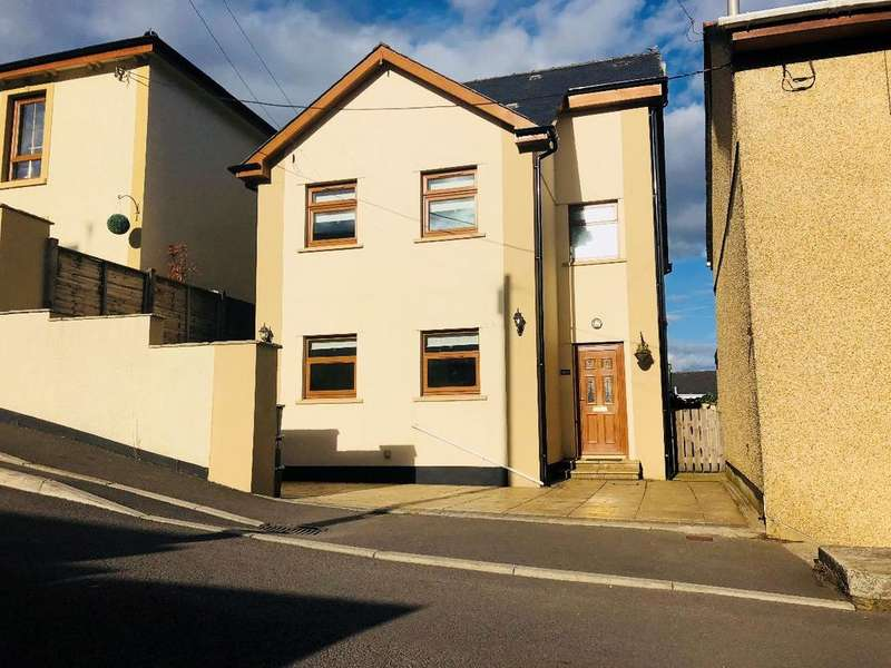 4 Bedrooms Detached House for sale in Somerset Street, Brynmawr. NP23 4RB