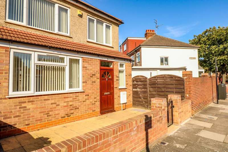 3 Bedrooms Semi Detached House for sale in Rusper Road, Wood Green, London, N22