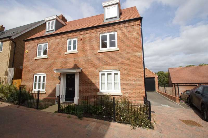 5 Bedrooms House for sale in Harrier Close, Hemel Hempstead