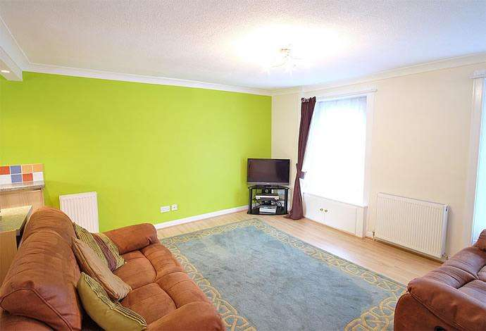 2 Bedrooms Flat for sale in 4 Swan Apartments, Earlston TD4 6DE