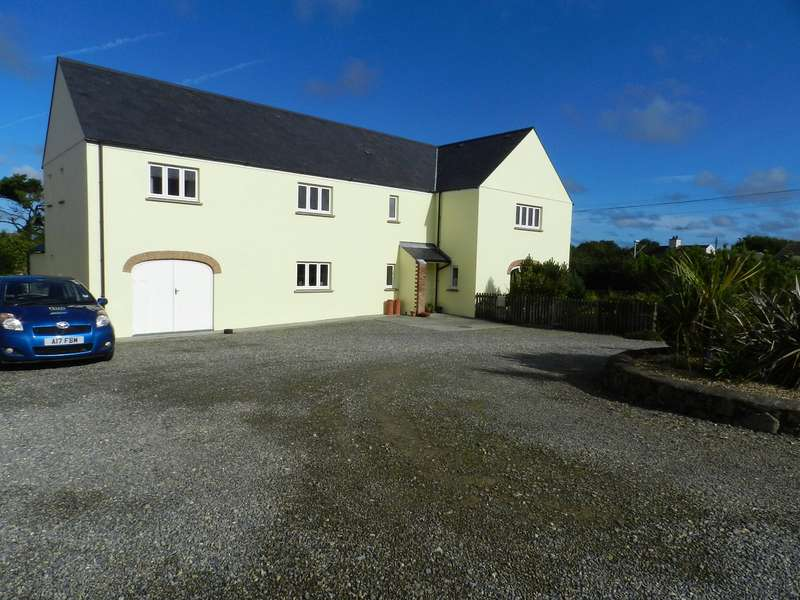5 Bedrooms Detached House for sale in The Farmstead, Croesgoch, Haverfordwest