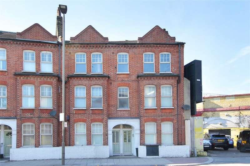 3 Bedrooms Flat for sale in Queenstown Road, London, SW8