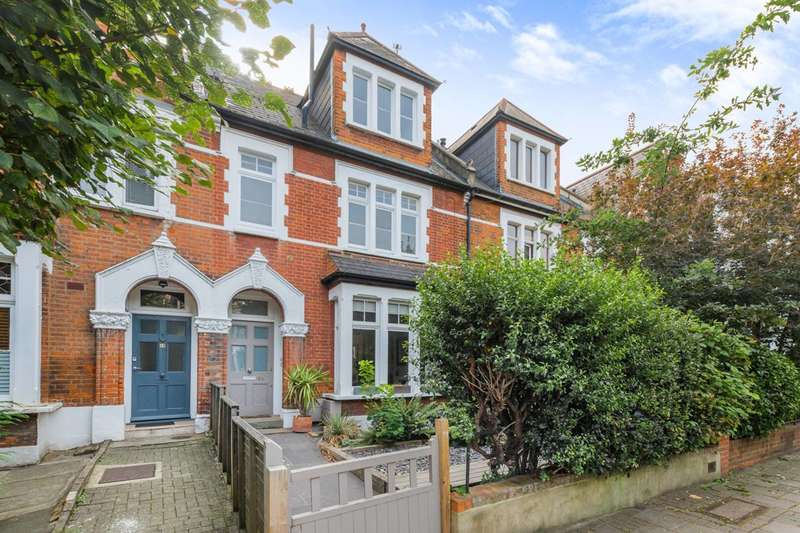 2 Bedrooms Flat for sale in Ashley Road, Hornsey, N19