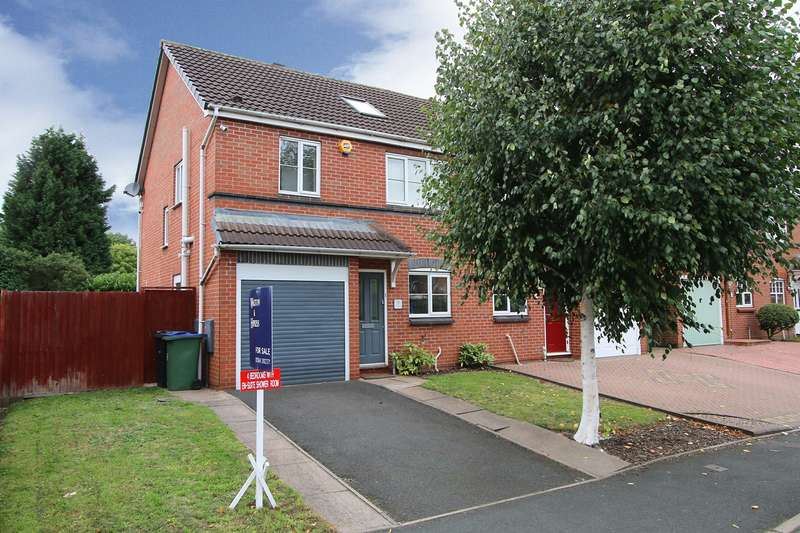 4 Bedrooms Semi Detached House for sale in Clifton Street, Old Hill, Cradley Heath, B64