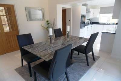4 Bedrooms House For Rent In Marton The Grove