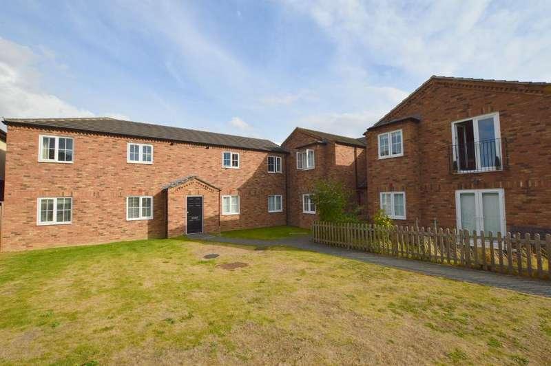 1 Bedroom Apartment Flat for sale in Glenwood Court, Stopsley, Luton, LU2 7FN