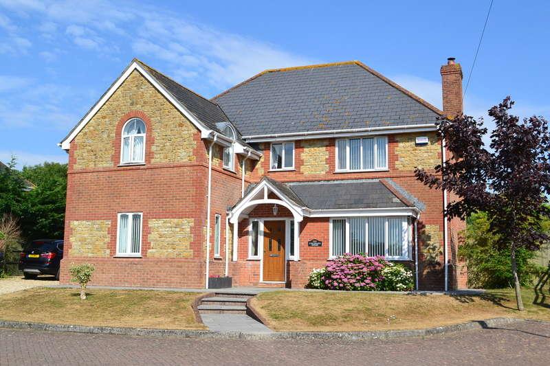 5 Bedrooms Detached House for sale in WINCANTON, SOMERSET, BA9 9DE
