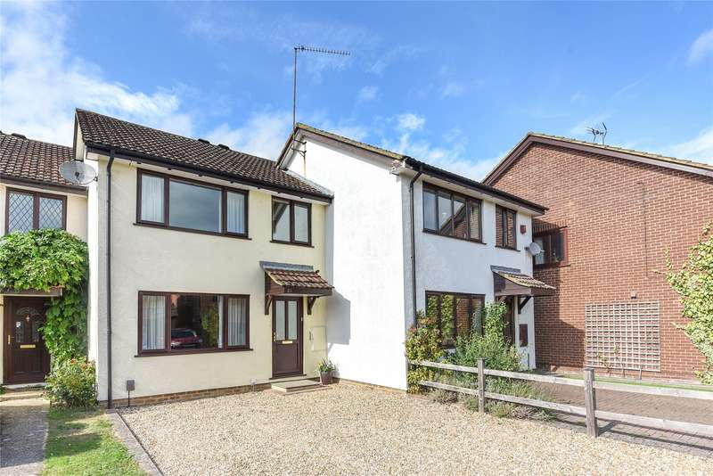 3 Bedrooms Terraced House for sale in Dunkirk Close, Wokingham, Berkshire, RG41