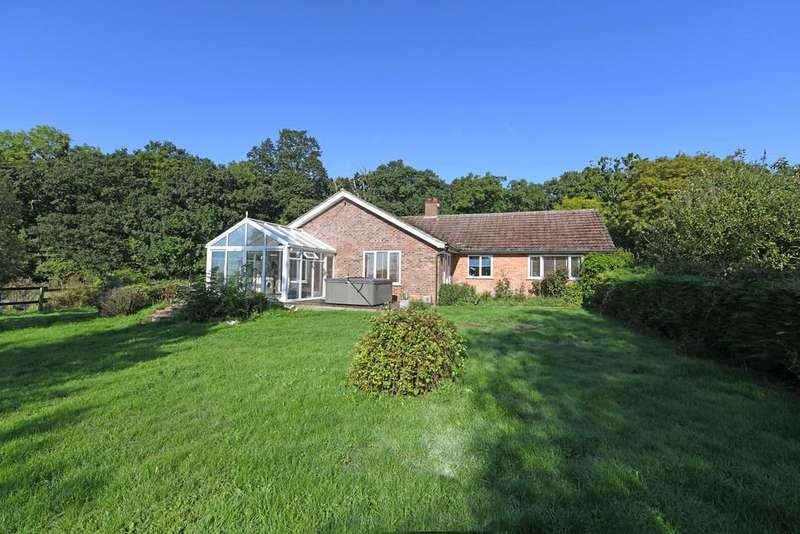 3 Bedrooms Detached Bungalow for sale in Holton, Nr Halesworth, Suffolk