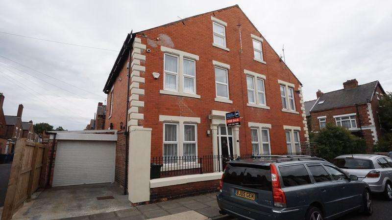 5 Bedrooms Terraced House for sale in Wansworth Road, Heaton