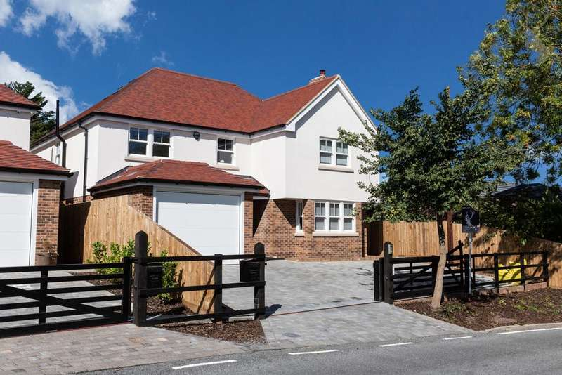 5 Bedrooms House for sale in Loughton Lane, Theydon Bois, CM16