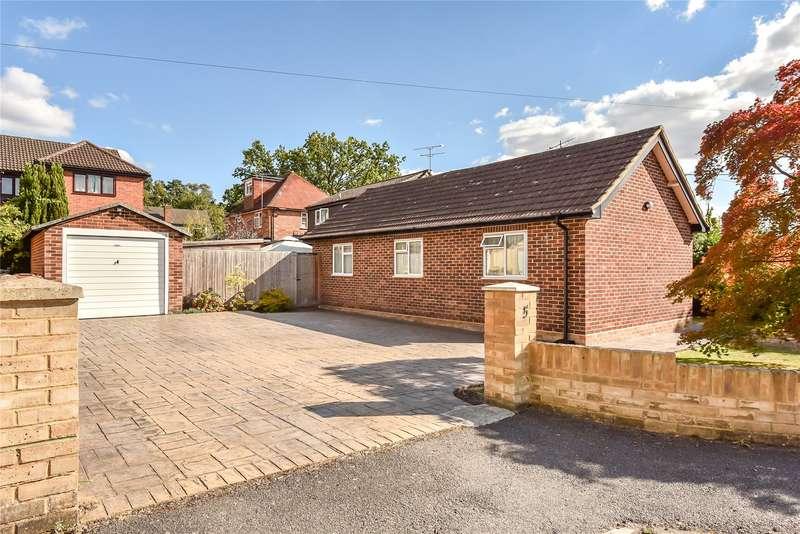 3 Bedrooms Detached Bungalow for sale in Glen Innes, College Town, Sandhurst, Berkshire, GU47
