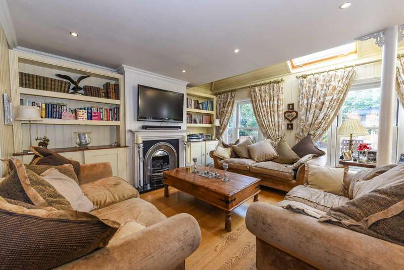 5 Bedrooms Detached House for sale in South Road, Chorleywood, Hertfordshire, WD3