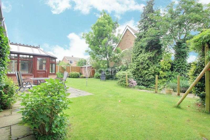 4 Bedrooms Detached House for sale in Gleneagles Way, Hatfield Peverel, CM3