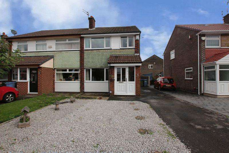 3 Bedrooms Semi Detached House for sale in Chichester Close, Littleborough OL15 8QL