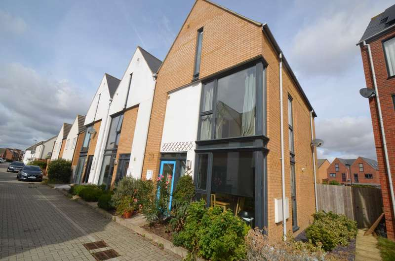 4 Bedrooms Town House for sale in Broughton