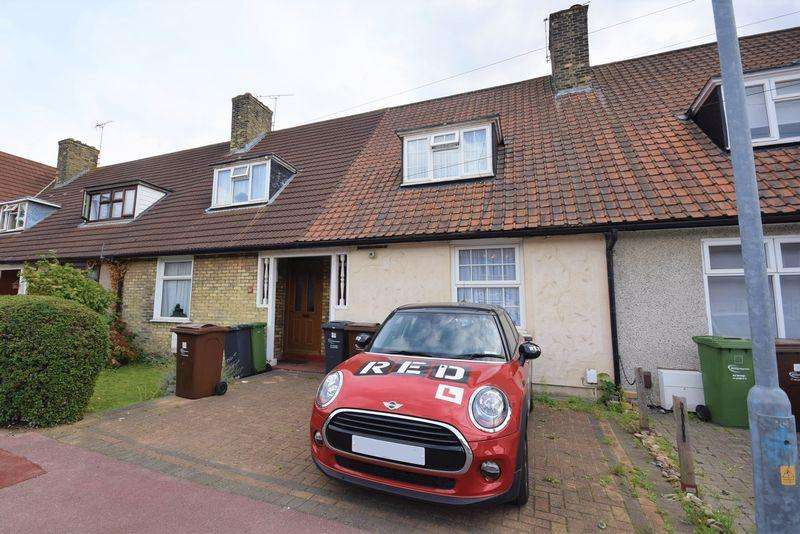2 Bedrooms Terraced House for sale in Downing Road, Dagenham