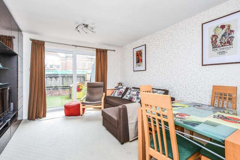 2 Bedrooms Terraced House for sale in Brudenell Road, Tooting