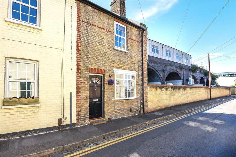 2 Bedrooms End Of Terrace House for sale in Bridgewater Terrace, Windsor, Berkshire, SL4