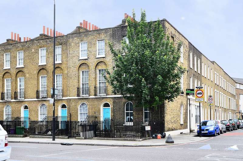 2 Bedrooms Flat for sale in Commercial Road, Whitechapel, E1