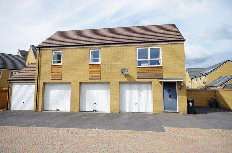 2 Bedrooms Flat for sale in Donns Close, Charlton Hayes, Bristol