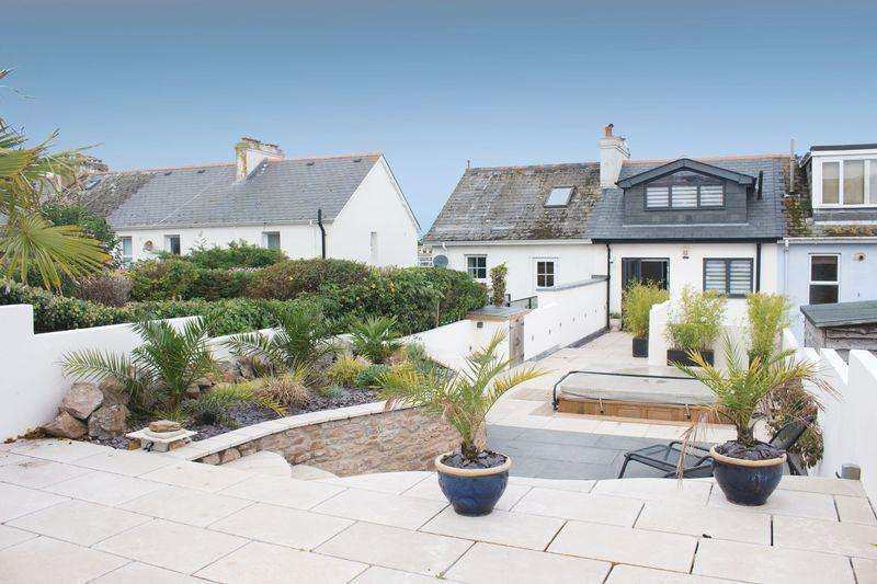 3 Bedrooms Terraced House for sale in Garlic Rea, Brixham