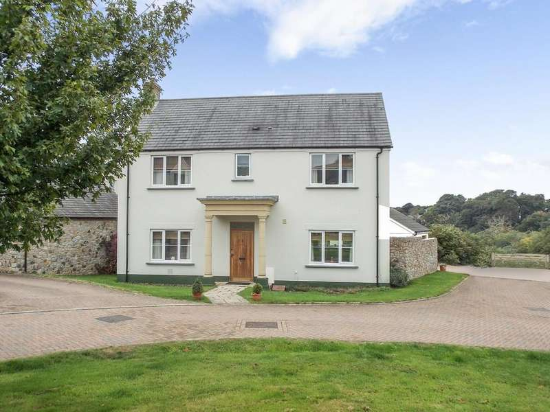 4 Bedrooms Detached House for sale in Hatherleigh, Devon