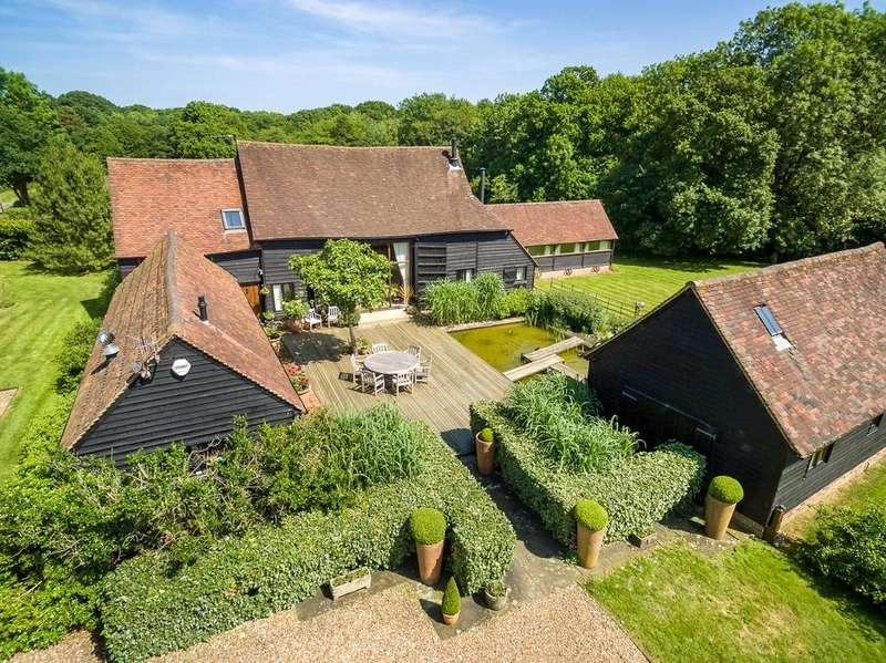 5 Bedrooms Barn Conversion Character Property for sale in Henfold Drive, Beare Green, Dorking, Surrey