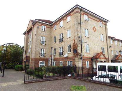 2 Bedrooms Flat for sale in Beckton, London