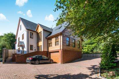 6 Bedrooms Detached House for sale in Budleigh Salterton, Devon