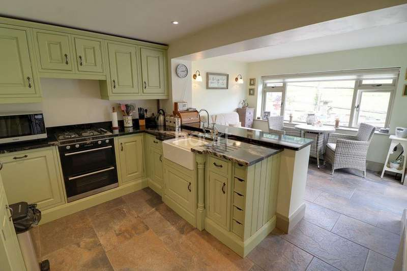 3 Bedrooms Semi Detached House for sale in Buckholt, Monmouth, Monmouthshire
