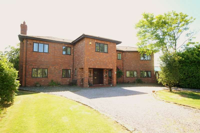 6 Bedrooms Detached House for sale in Ackhurst Lane, Wigan, Greater Manchester, WN5