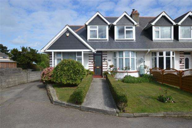 4 Bedrooms Semi Detached House for sale in Henver Road, Newquay, Cornwall