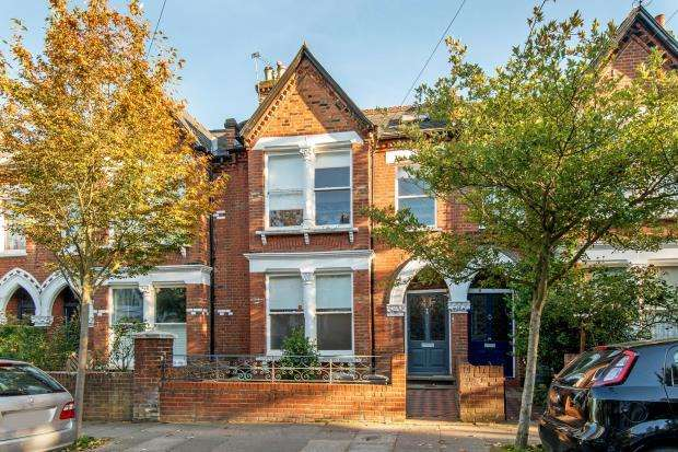 4 Bedrooms Terraced House for sale in Gresley Road, Whitehall Park, London, N19
