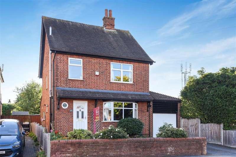 3 Bedrooms Detached House for sale in Easthampstead Road, Wokingham, Berkshire RG40 2EH