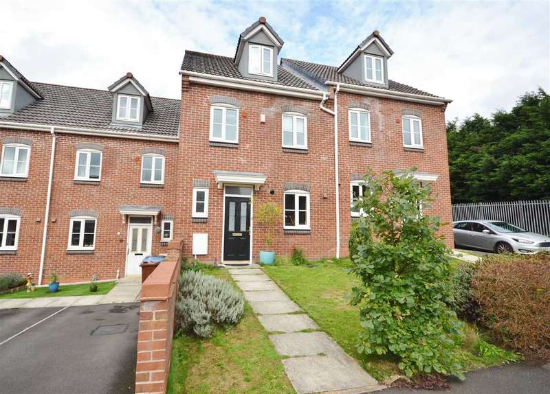 3 Bedrooms Mews House for sale in Woodchat Court, Chorley