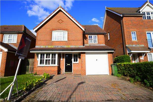 4 Bedrooms Detached House for sale in Cabot Close, EASTBOURNE, East Sussex, BN23 6RT