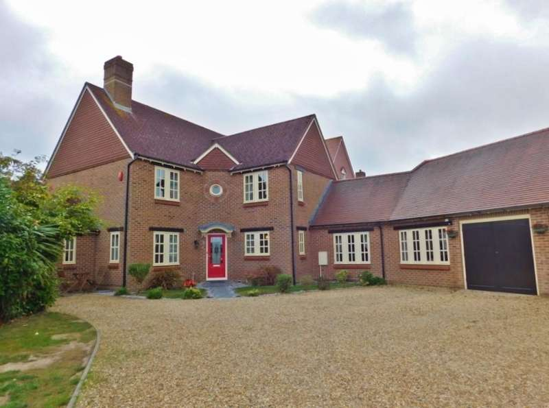 5 Bedrooms Detached House for sale in Farm House Close, Stubbington