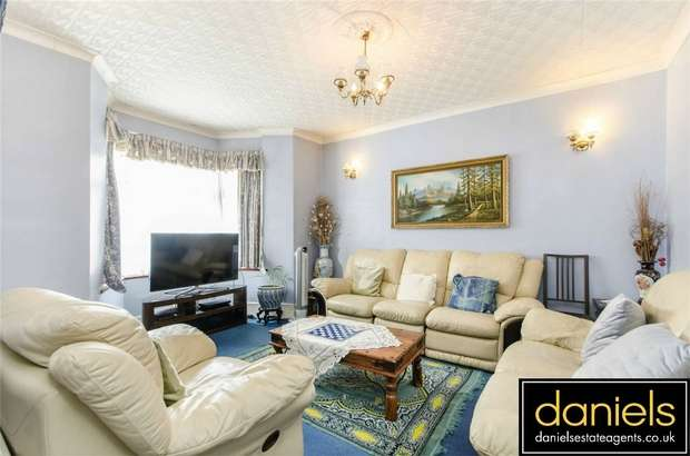 4 Bedrooms Terraced House for sale in Buckingham Road, Harlesden, London
