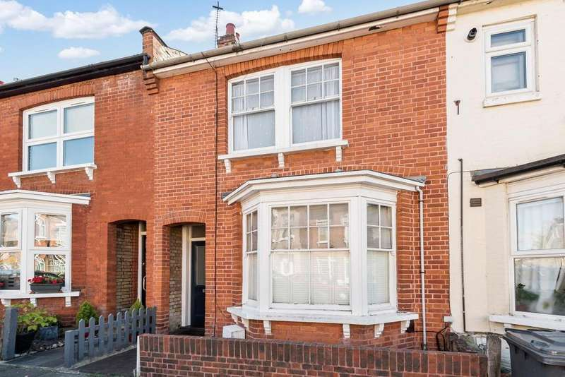 3 Bedrooms Terraced House for sale in Percy Road, North Finchley