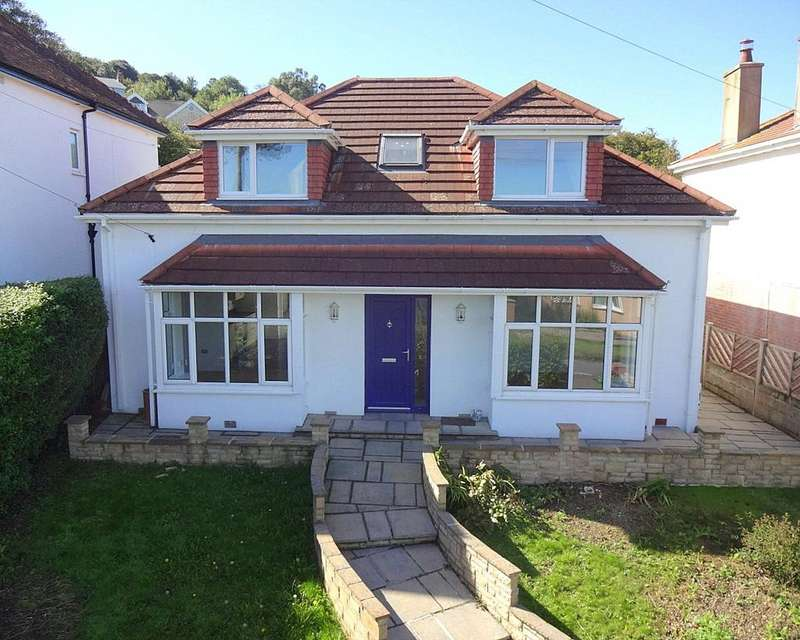 4 Bedrooms Detached Bungalow for sale in Croftswood Villas, Ilfracombe