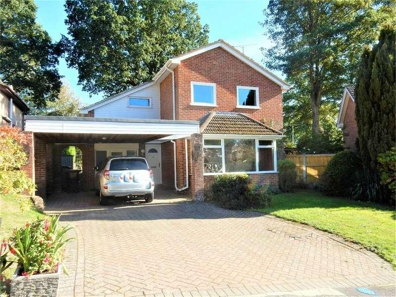 4 Bedrooms Detached House for sale in Dale Gardens, SANDHURST, Berkshire