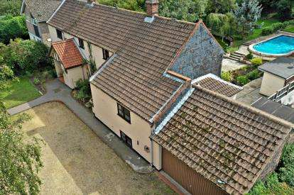 4 Bedrooms Detached House for sale in Belton, Great Yarmouth, Norfolk