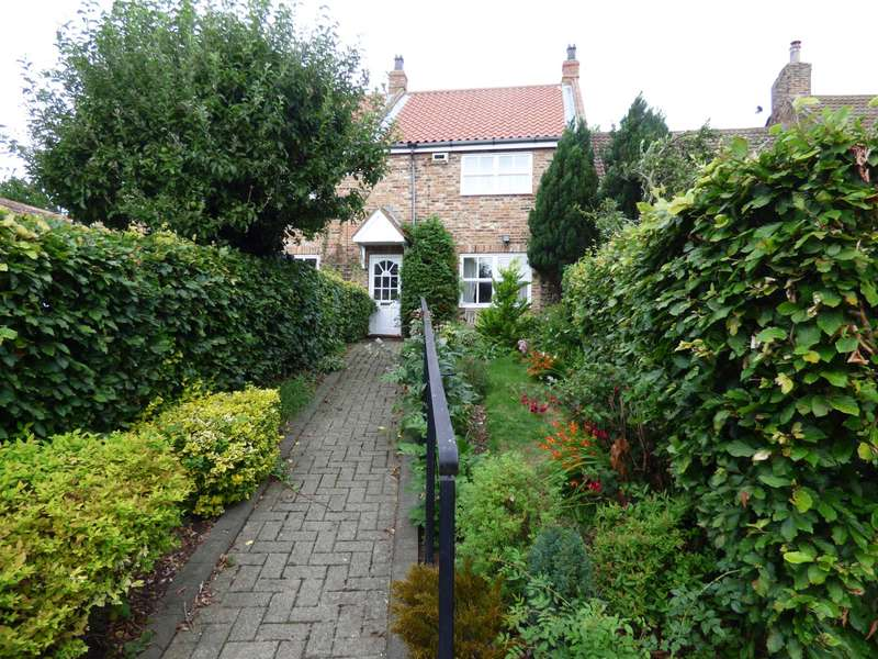 2 Bedrooms Cottage House for sale in Yearby Road, Yearby