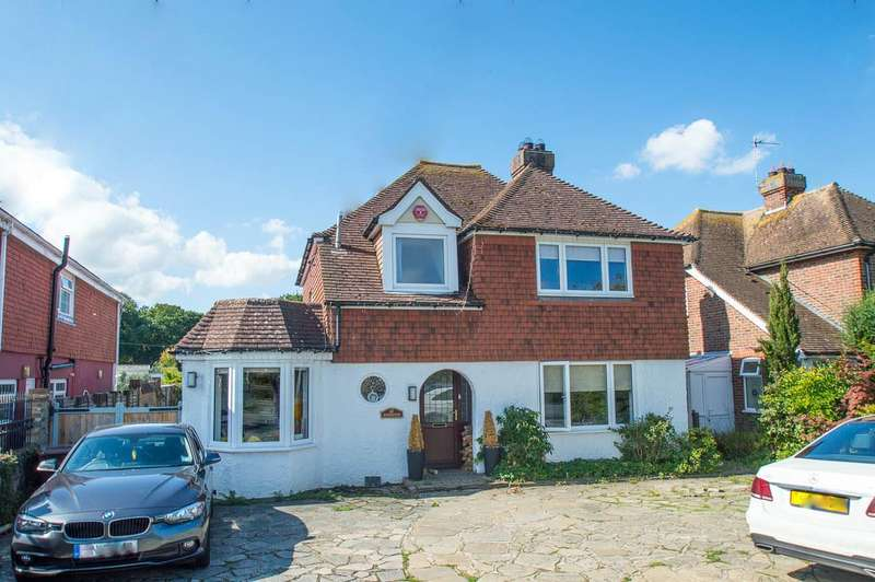 4 Bedrooms Detached House for sale in Hailsham Road, Stone Cross, Pevensey