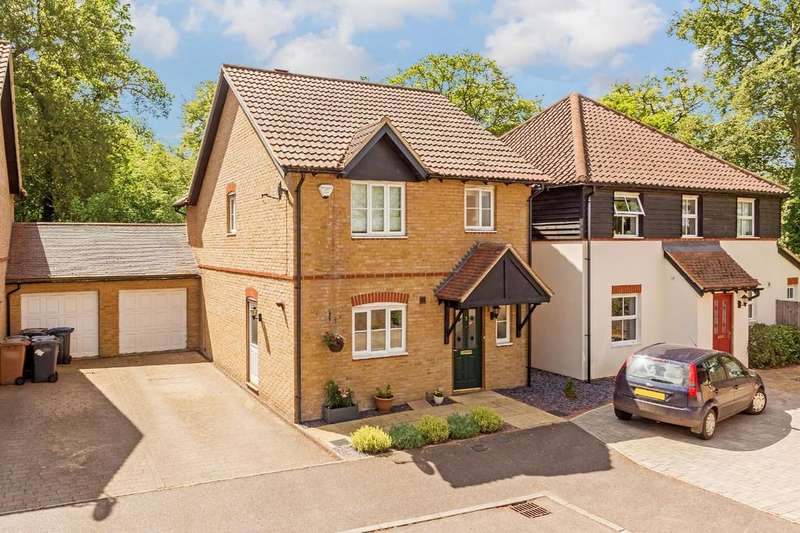 3 Bedrooms Detached House for sale in Eleanors Close, Thundridge, Ware