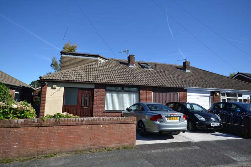 5 Bedrooms Semi Detached Bungalow for sale in Bromley Close, Fearnhead, Warrington