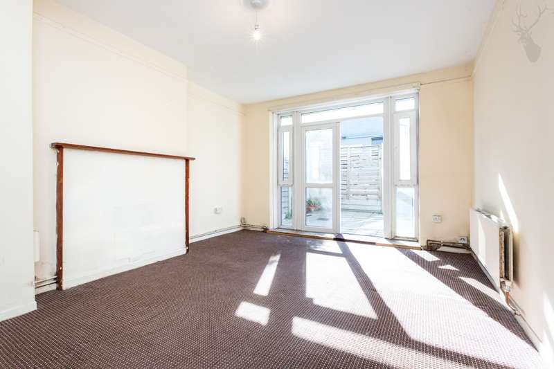 3 Bedrooms Flat for sale in Brimsdown House, Devas Street, Bow, E3
