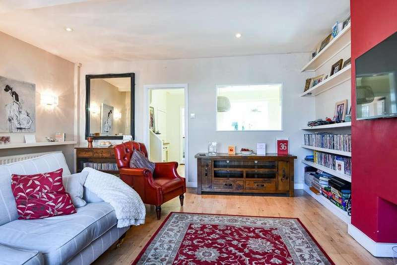 2 Bedrooms Terraced House for sale in Charlton Road, Blackheath